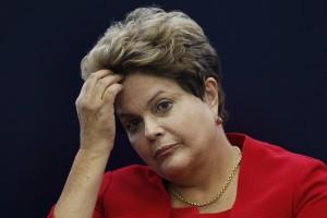 A presidente Dilma Rousseff durante entrevista coletiva sobre a Copa do Mundo, em Brasília, na segunda-feira. 14/07/2014 REUTERS/Ueslei Marcelino