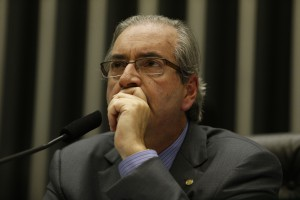 MP11     BSB DF 13 05 2015  CAMARA/MP 664    O presidente da Camara dos Deputados, Eduardo Cunha preside sessao extraordinaria destinada a analisar a MP 664/14 que muda as regras de pensao por morte. O deputado Carlos Zarattini (PT SP) relator da materia. FOTO: DIDA SAMPAIO/ESTADAO